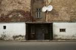Living Houses. Cultural diversity of living spaces in Bucharest and surroundings