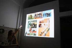 Artiștii ca agenți ai schimbării instituționale